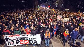 Pegida-Demonstration am 15. Dezember 2014 in Dresden.