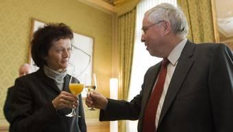 Der scheidende Bundesrat Christoph Blocher empfängt seine Nachfolgerin Eveline Widmer-Schlumpf im Bundeshaus (28.12.2007).