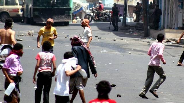 Strassenszene aus der jemenitischen Hauptstadt Sanaa, wo die Auseinandersetzungen weitergehen (Archiv)