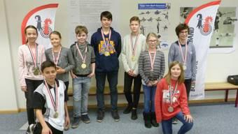 Sieger der Kategorie 1: v.l.n.r. Pratteln, Helvetia/Riehen, Laufen