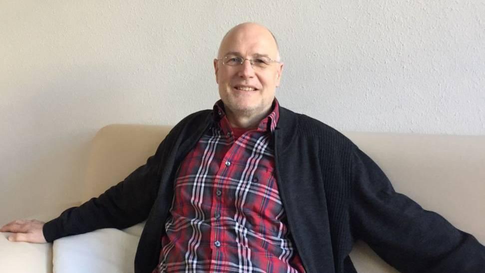Paartherapeut Peter Haas in seiner Praxis in St.Gallen