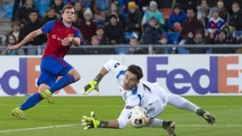 Fabian Frei trifft zum 2:1 und schiesst den FC Basel damit in den Sechzehntelfinal der Europa League.