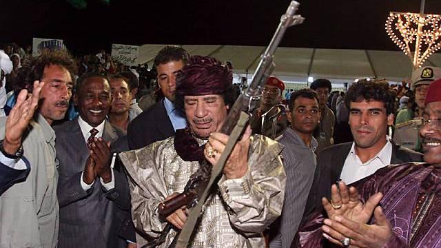 Gaddafi an einer Feier zum Jahrestag der Revolution