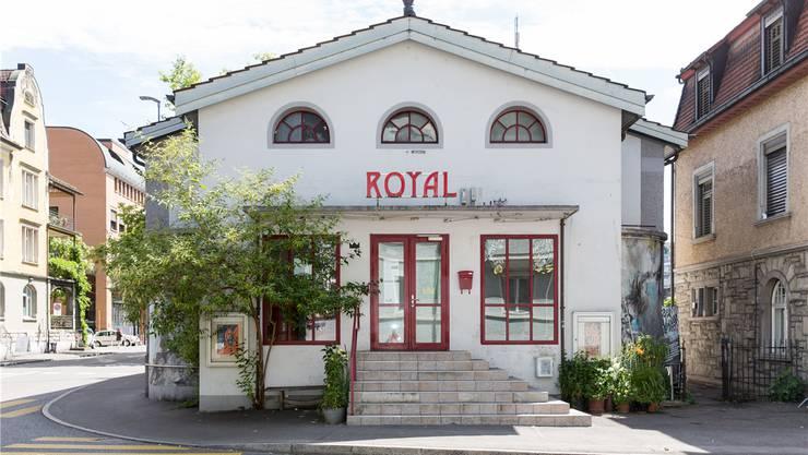 Ab 2018 doch kein Baustellenbüro: Das ehemalige Kino Royal bleibt die nächsten 20 Jahre ein Kulturbetrieb. SEVERIN BIGLER