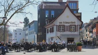 Das Restaurant Zum Schwyzerhüsli beim unteren Bahnhofplatz ist häufig von Zechprellerei betroffen. Patrick Hersiczky