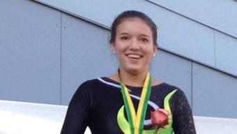 Kim Kober freut sich über ihren Triumph.