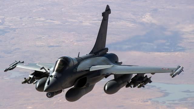 Ein Kampfflugzeug über Mali: Die Schweiz gewährt Überflugsrechte (Symbolbild)