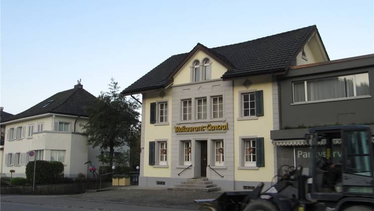 Anita Müller möchte das Restaurant Central in Safenwil nicht mit «Gault Millau»-Punkten schmücken. Christine Wullschleger