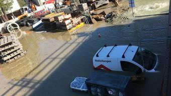 Zuerst kam das Wasser, dann das Kohlenmonoxid: Ein Teil von St. Moritz Bad wurde von einem Bach überschwemmt und beim Abpumpen trat gefährliches Kohlenmonoxid aus.