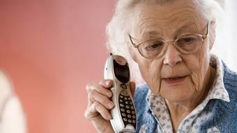 Die Enkeltrickbetrüger wollten zwei Rentnerinnen um insgesamt rund 100'000 Franken erleichtern. (Symbolbild)