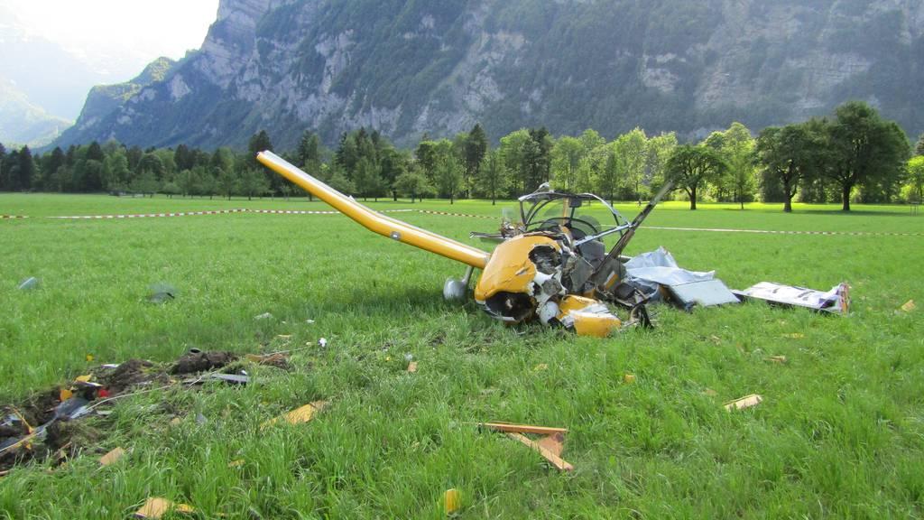Der Flugzeugabsturz am Flughafen Mollis