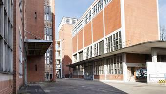 Das ehemals von der Chemieindustrie genutze Klybeck-Areal in Basel soll zum neuen Stadtquartier transformiert werden.