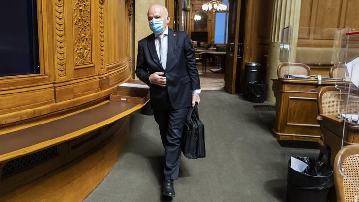 Finanzminister Ueli Maurer verteidigt am Dienstag im Nationalrat die Anpassungen am kürzlich beschlossenen Covid-19-Gesetz.