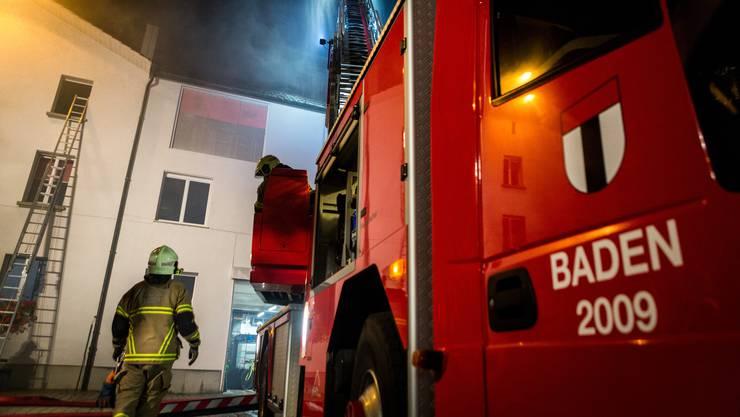 Am Donnerstagmorgen wurde die Feuerwehr zur Kanti Baden gerufen. Dort stellt sich raus: Fehlalarm. (Symbolbild)