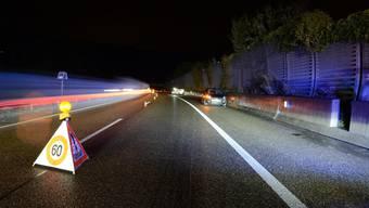 Verletzt wurde niemand, insgesamt fünf Fahrzeuge wurden zum Teil massiv beschädigt.