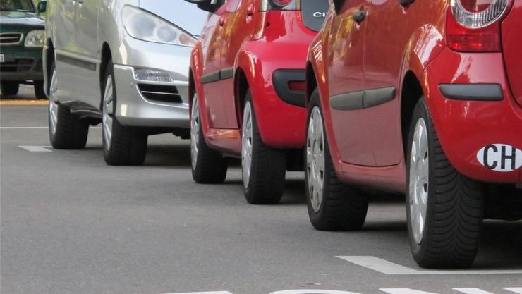 Je weniger Menschen mit dem Auto zur Arbeit fahren, desto umweltfreundlicher. (Symbolbild/Archiv)