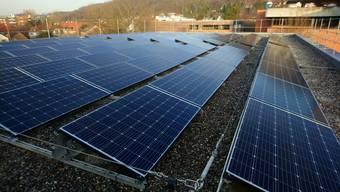 Die Sekundarschulen Hinterzweien in Muttenz und Gerenmatt in Arlesheim (Bild) haben Anfang Jahr ihre Photovoltaikanlagen in Betrieb genommen.