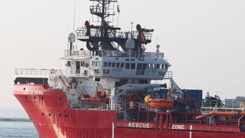 ARCHIV - Das Rettungsschiff «Ocean Viking» hat 180 aus Seenot gerettete Menschen an Bord. Foto: Ingenito/ANSA/dpa
