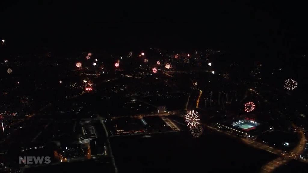 Die grosse YB-Meistersause fällt ins Wasser: Fans organisieren dafür ein Überraschungs-Feuerwerk