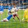 Arsenals Reiss Nelson (Mitte) erzielt hier das 2:0 gegen  Molde