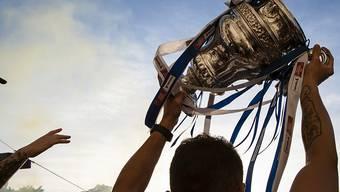 Der Kampf um die Cup-Trophäe beginnt von Neuem