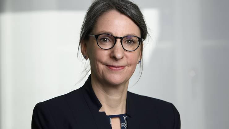 Anne Lévy, die neue Miss Corona, löst den Mister Corona Stefan Kuster ab.
