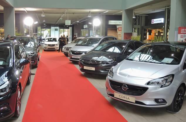 Die Auto-Ausstellung des AGVS Aargau im Trafo in Baden ist eröffnet. Sie dauert noch bis 16. Oktober. (13)