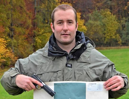 Der Aarauer Stadtpolizist Daniel Dennler erzielte als einziger Pistolenschütze am Feldschiessen im Aargau wiederum das Maximum von 180 Punkten.