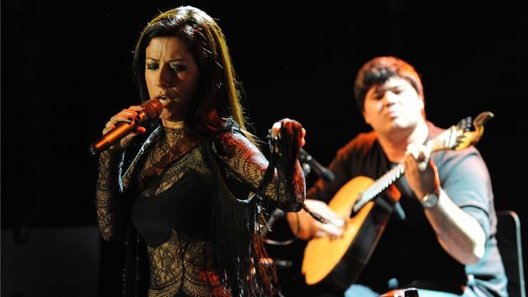 Die portugiesische Fado-Sängerin Ana Moura wusste mit ihrer dunklen, modulationsfähigen Altstimme zu gefallen. Bernhard Ley