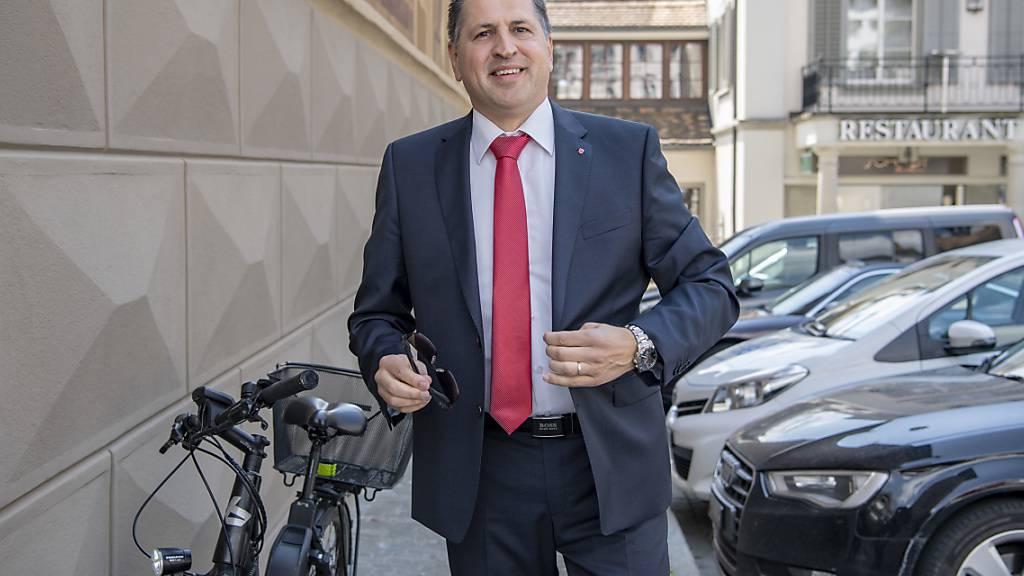 Sandro Patierno (CVP), der inzwischen in der Schwyzer Regierung sitzt, hatte in seiner Zeit als Kantonsrat zwei Standesinitiativen zur Axenstrasse eingereicht, die das Parlament ablehnte. (Archivbild)