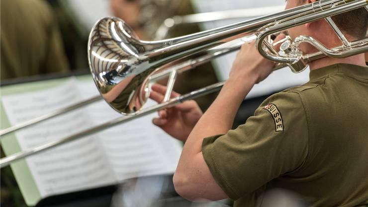 Die Musiker der «besten Armee der Welt» spielen oft auf Instrumenten aus ausländischer Produktion. CHRISTIAN BEUTLER /Key