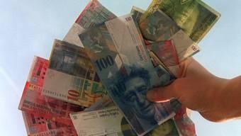 Die Netto-Verschuldung pro Kopf inLohn-Ammannsegg steigt 2015 von 793 auf 1130 Franken. (Symbolbild)