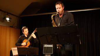 """Das Duo """"Genetic Tango"""" spielt witzige und eigenwillige Musik"""