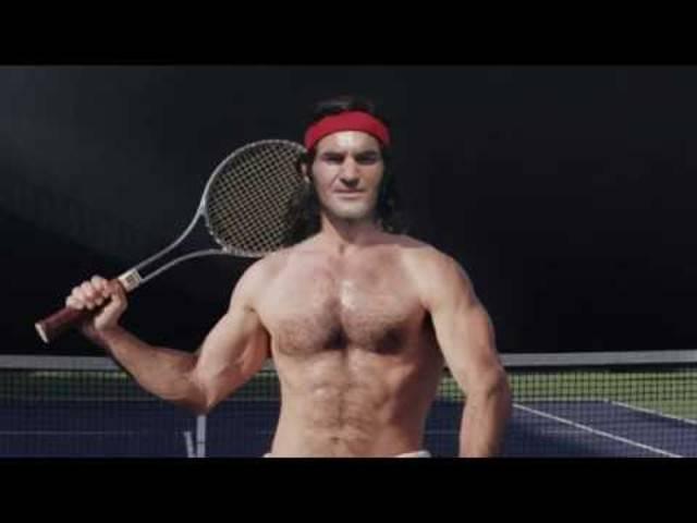 Schwarzenegger mit Tennisschläger?