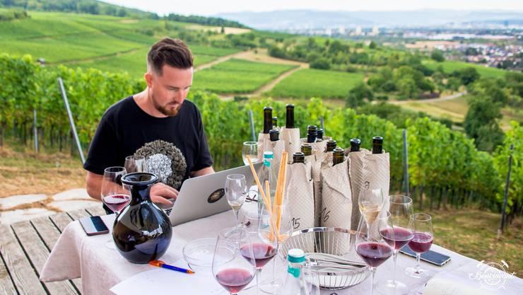 Wie beschreibe ich bloss diesen Wein? Am besten straight und spontan!
