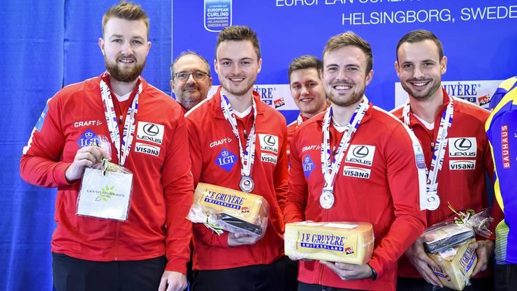 Gleich bei seiner ersten EM-Teilnahme konnte das Team Schwaller bestehend aus Skip Yannick Schwaller, Michael Brunner, Romano Meier und Marcel Käufeler (l.)  überzeugen.