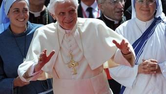 Papst Benedikt besucht die Nonnen im Kloster El Escorial