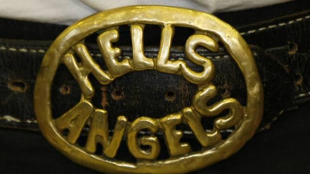 Eine Gürtelschnalle eines Rockers (Symbolbild)