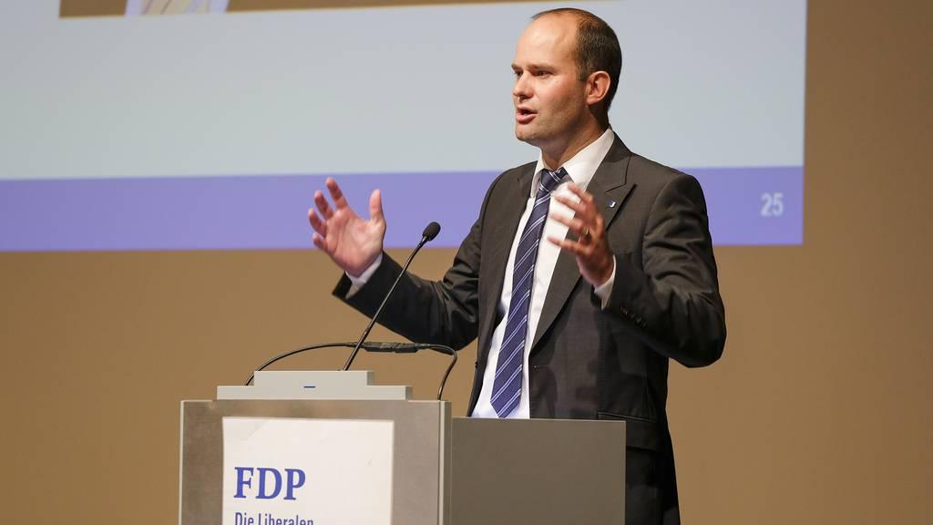 Luzerner Regierungsrat Fabian Peter will Geschäfte wieder öffnen lassen