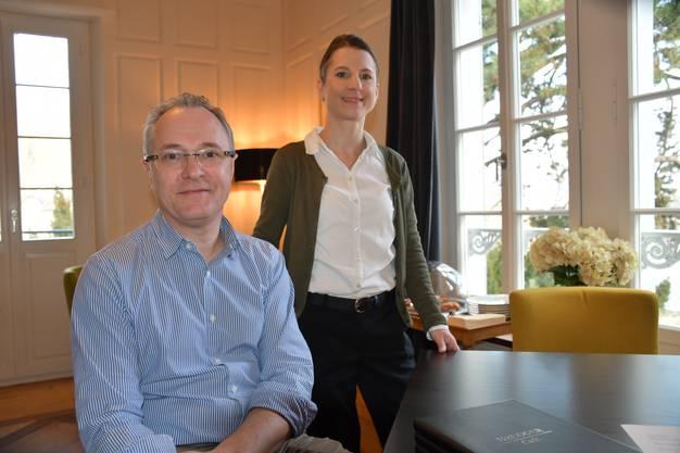René Holenweger ist Managing Director, Michèle Marchand ist Gastgeberin. Insgesamt arbeiten vier Personen im Hotel in Brugg.