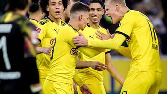 Obwohl es in der Bundesliga bald wieder los gehen wird: Bilder von gemeinsam jubelnden Spielern soll es vorerst nicht geben