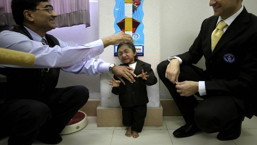 Kleinster beweglicher Mann der Welt mit 28 Jahren gestorben