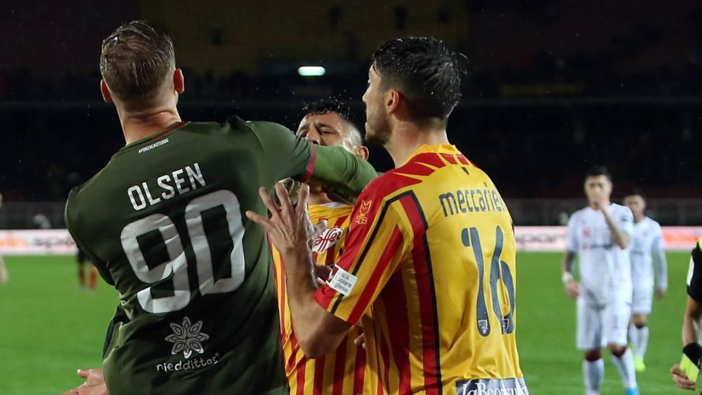 Cagliari: Rote Karten, späte Gegentore und Platz 4