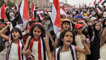 Kinder protestieren in Sanaa gegen Präsident Saleh