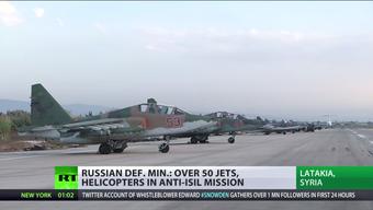 Diese Bilder sendet der staatlich-riussische TV-Sender RT vom russischen Luftwaffenstützpunkt in Syrien.