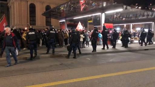 Wieder unbewilligte Demonstration von Massnahmen-Gegnern