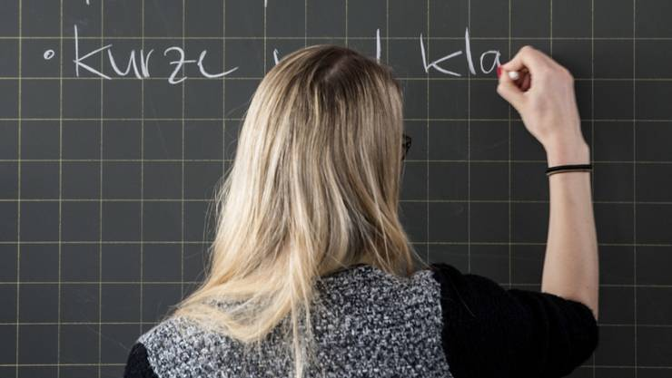 Der Zürcher Regierungsrat wolle die Anzahl-Lektionen pro Lehrer steigern.
