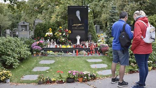 Tschechien gedenkt am ersten Todestag des Schlagerstars Karel Gott