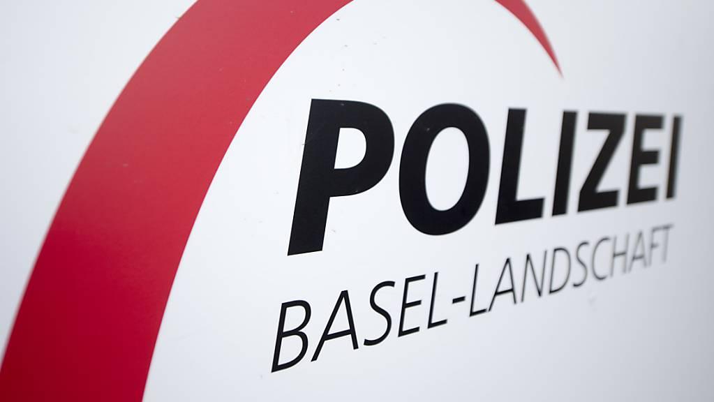 Die Polizei Basel-Landschaft hat am Donnerstagmorgen mitgeteilt, dass es in Muttenz BL in einer Chemiefirma zu einem Stoffaustritt gekommen sei. (Archivbild)