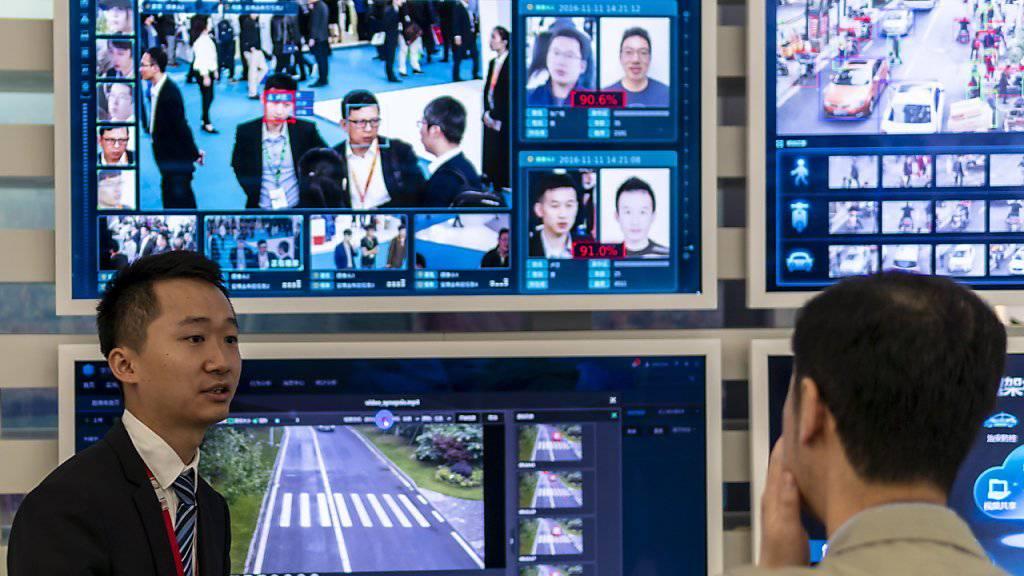 Beispiel einer Gesichtserkennungssoftware eines chinesischen IT-Unternehmens. Für die Stadt San Francisco überwiegen die Nachteile bei weitem. (Archivbild)
